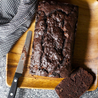 Double Chocolate Banana Bread | Smitten Kitchen | Photo Credit: Smitten Kitchen