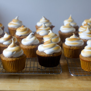 S'more Cupcakes | Smitten Kitchen | Photo Credit: Smitten Kitchen